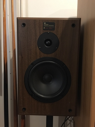 Does anyone know what speaker this is? Hi Fi Corner Naim